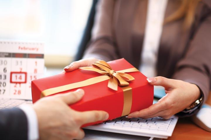 Đừng để mắc các sai lầm trong chiến dịch tiếp thị quà tặng cuối năm